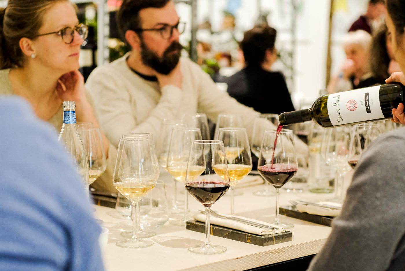 040-Degustazione-Elementary-vino-naturale-_XPR3952_p_LR_web-1